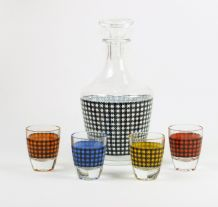 Small 1960's Decanter With Four Glasses